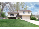 $207,000<br>624 Sydney Dr, Fort Collins CO 80525<br>3 Beds, 2 Baths, 1,696 Sqft<br>