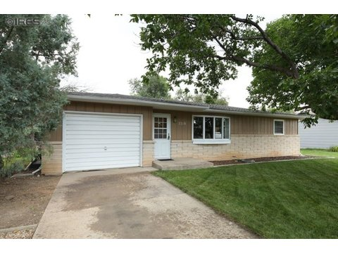 2218 Primrose Dr, Fort Collins CO 80526