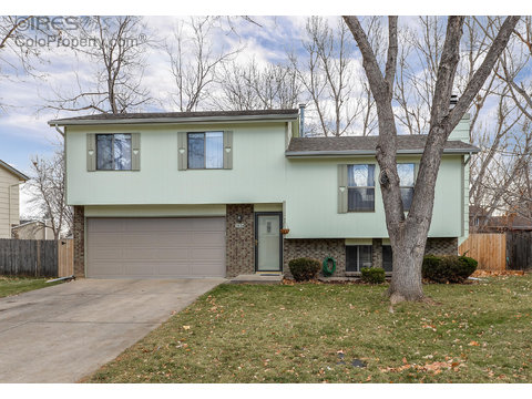 3424 Stratton Dr, Fort Collins CO 80525