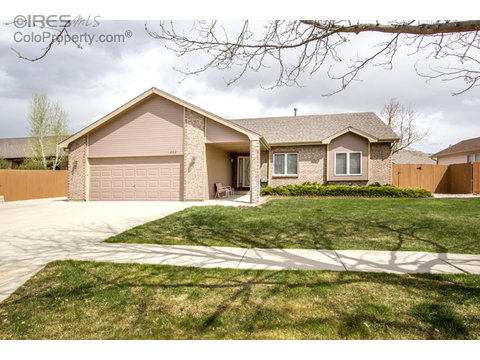 202 Sioux Dr, Berthoud CO 80513