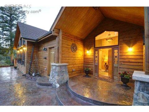 290 Elk Ridge Ln, Boulder CO 80302