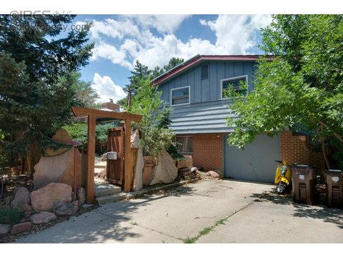 755 S 42nd St, Boulder CO 80305