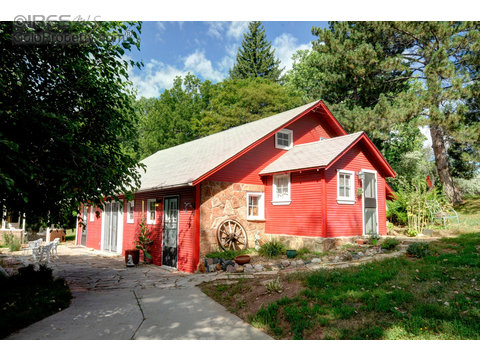 2120 W Prospect Rd, Fort Collins CO 80526