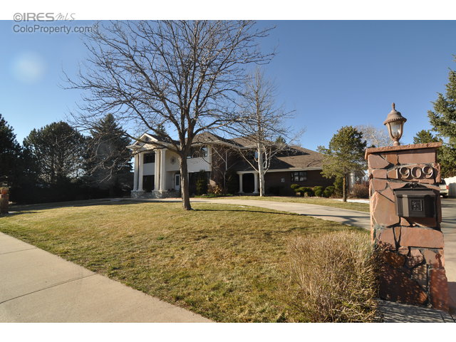 Greeley                                                                      , CO - $989,000