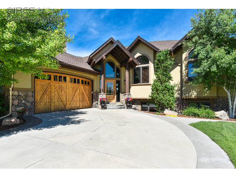 4883 Valley Oak Dr, Loveland CO 80538