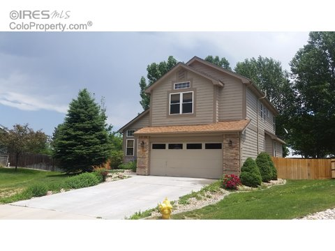 202 Egyptian Ct, Fort Collins CO 80525