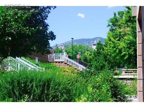 2850 E College Ave 109, Boulder CO 80303