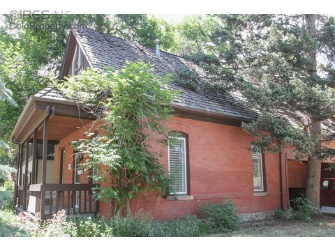 645 Walnut St, Boulder CO 80302
