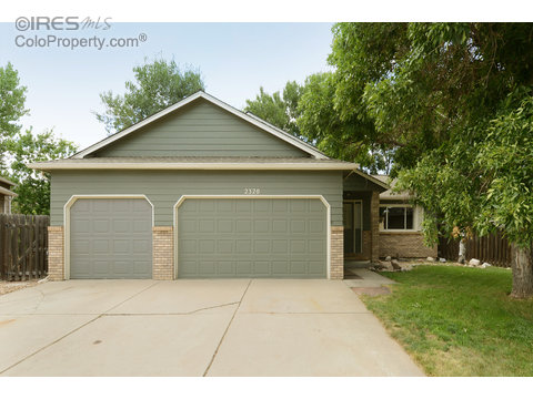 2320 Flagstone Ct, Fort Collins CO 80525