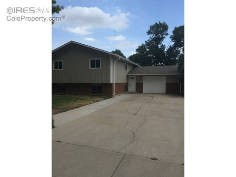 1012 Timber Ln, Fort Collins CO 80521