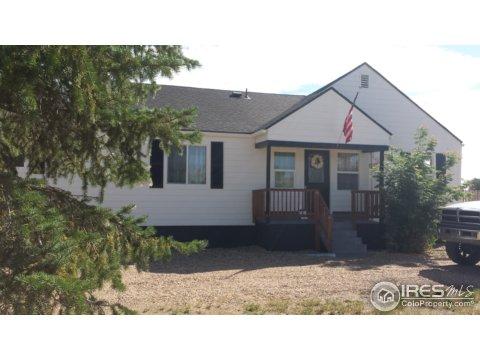 7877 Woodland Rd, Longmont CO 80503