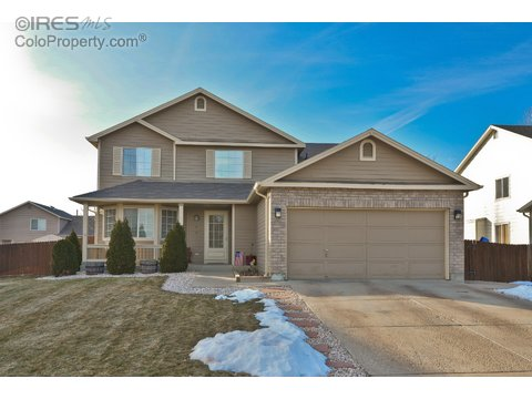 1419 Deerwood Dr, Longmont CO 80504