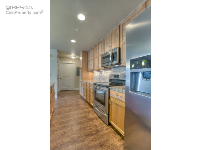 4662 Hahns Peak Dr Unit 102 Loveland, CO 80538 - MLS #: 813094