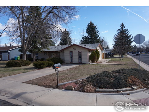 828 Rocky Rd, Fort Collins CO 80521
