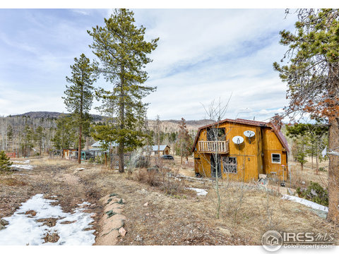 8625 Old Flowers Rd, Bellvue CO 80512