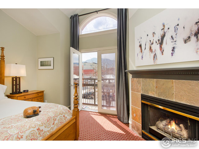Guest Suite/Mountain Views