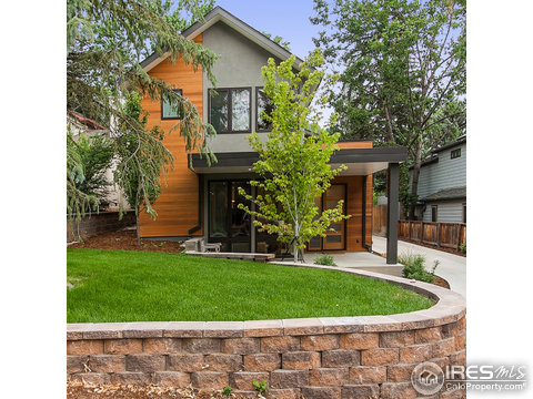 1055 8th St, Boulder CO 80302