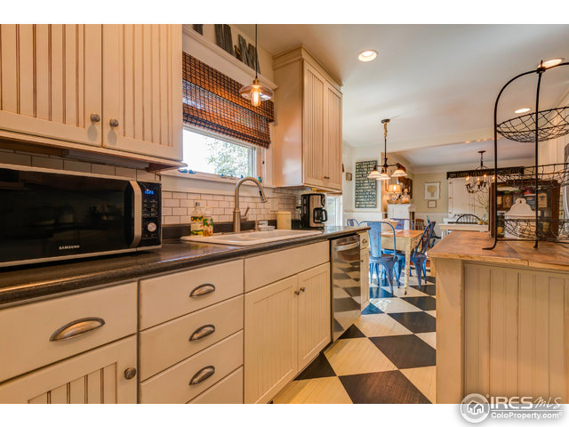 918 W Mulberry St Fort Collins, CO 80521 - MLS #: 820129