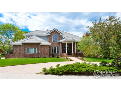 800 Whitehall Ct, Fort Collins CO 80526