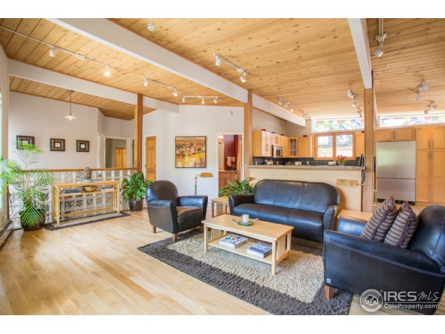 beautiful wood vaulted ceilings w/exposed beams