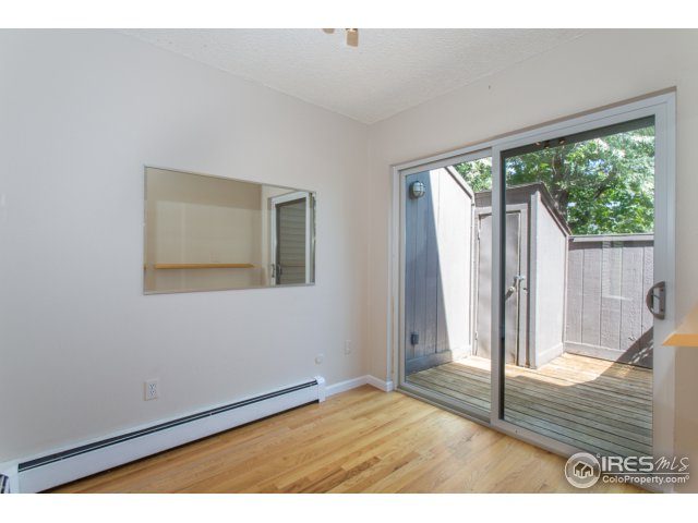 dining room with sliding doors to enclosed porch