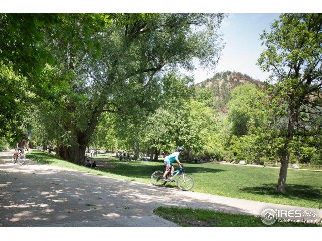 close to Eben G. Fine Park