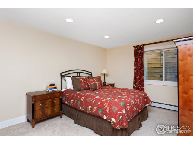 5th Guest Bedroom