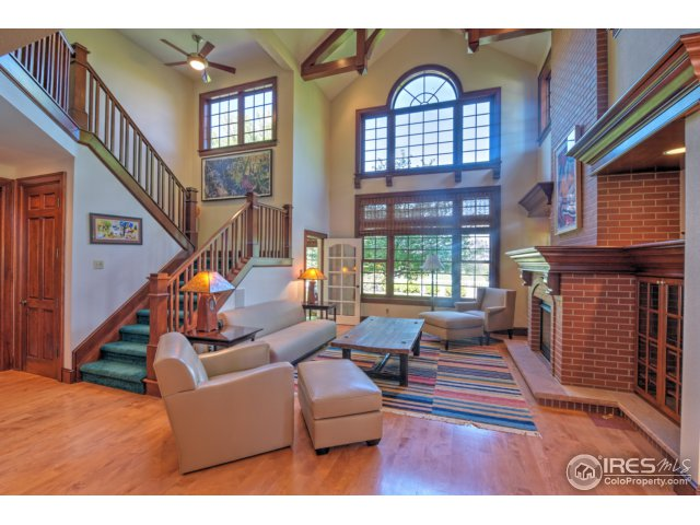 Family Room-Cathedral Ceilings