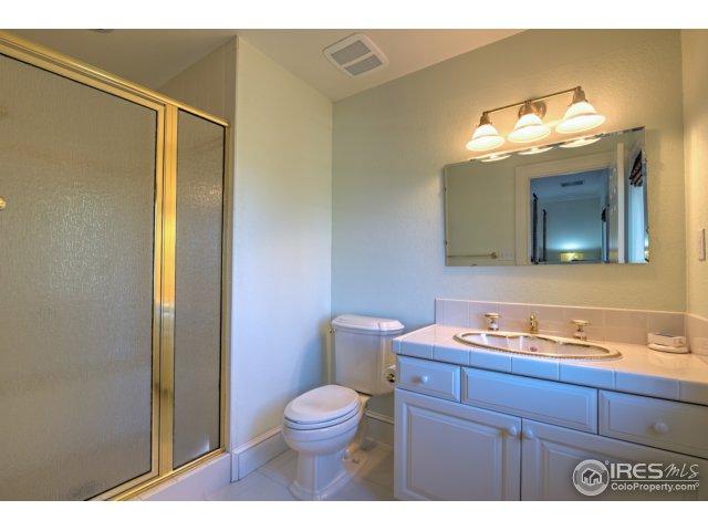 Second Bedroom En-Suite Bath