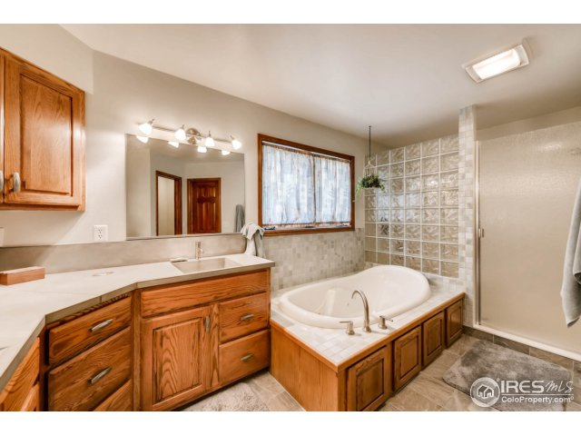 7557 Rodeo Dr Longmont, CO 80504 - MLS #: 828260