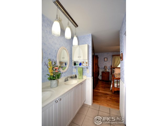 400 Greenvale Dr Fort Collins, CO 80525 - MLS #: 829056