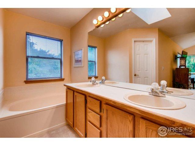 7115 Dry Creek Ct Niwot, CO 80503 - MLS #: 828198