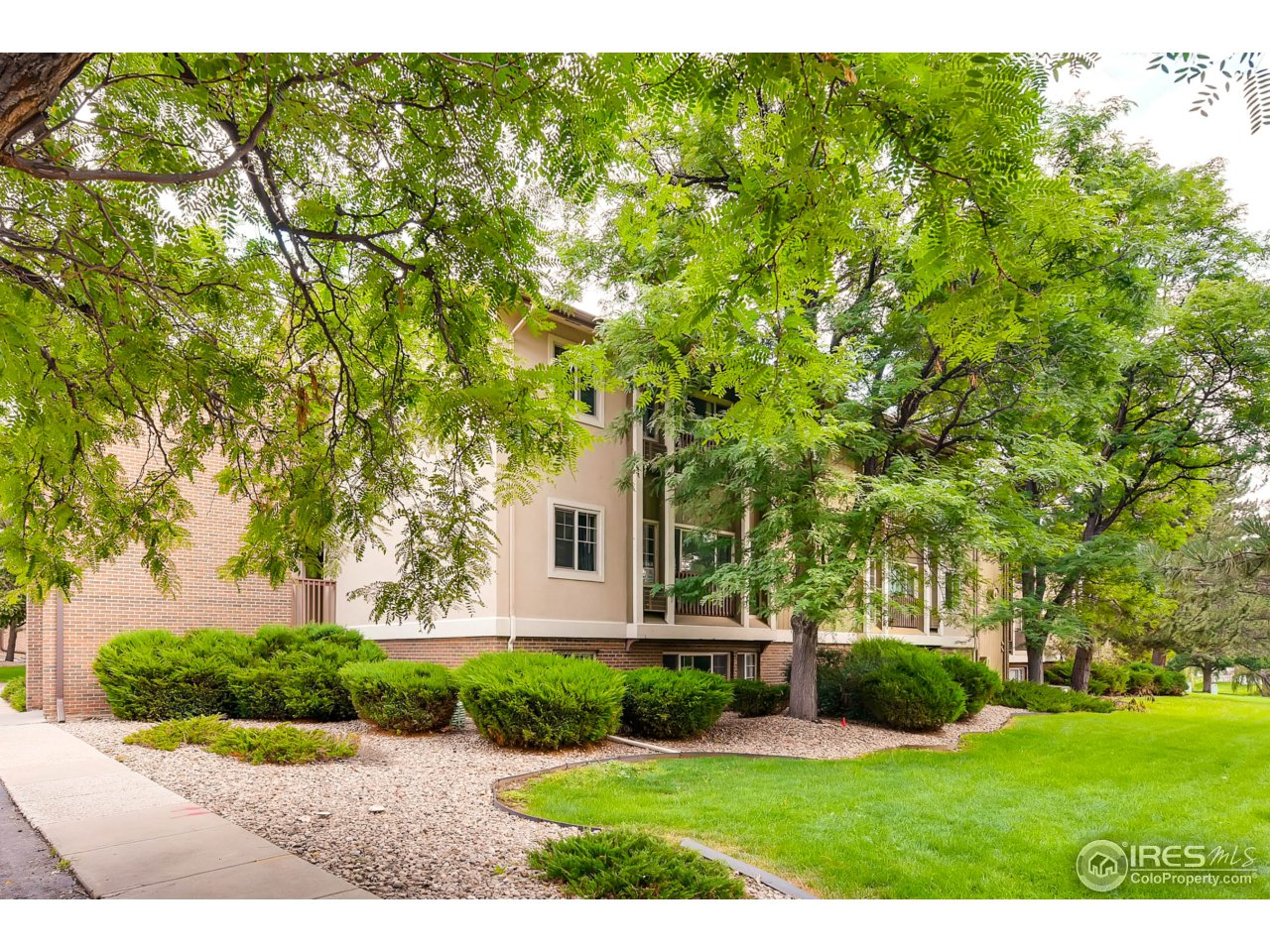 860 W Moorhead Cir 2-D, Boulder CO 80305