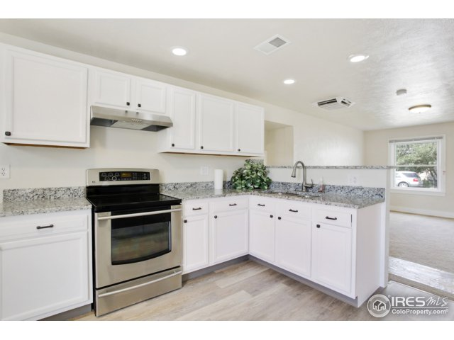 6912 Forest St Commerce City, CO 80022 - MLS #: 829507