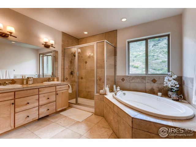 Five-piece Luxury Master Bath w Jacuzzi Tub