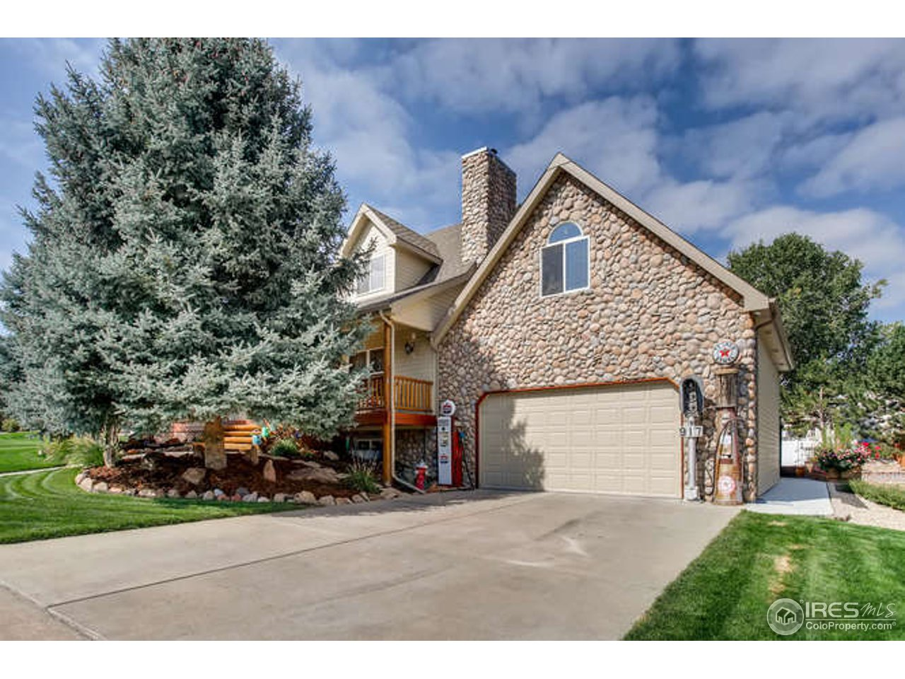 917 52nd Ave, Greeley CO 80634