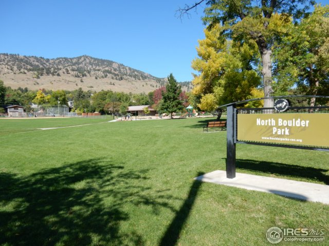 North Boulder Park and trails nearby!