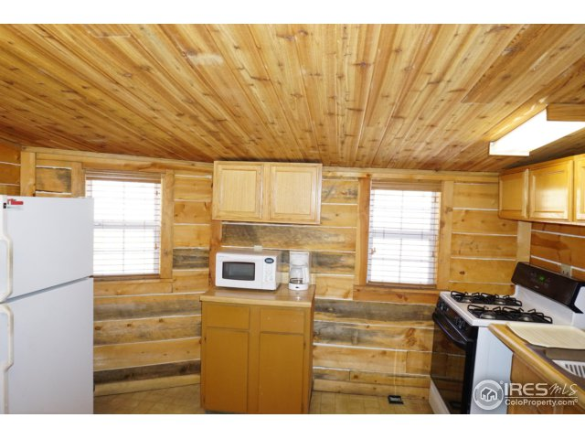 2111 Eagle Cliff Rd Unit 5 Estes Park, CO 80517 - MLS #: 837816