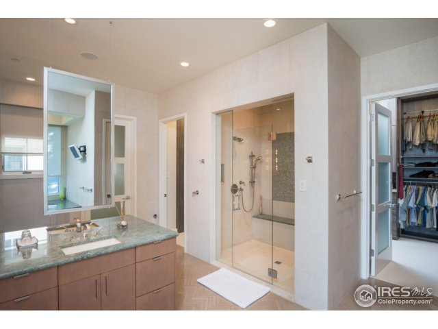 Incomparable master bath w/all custom features
