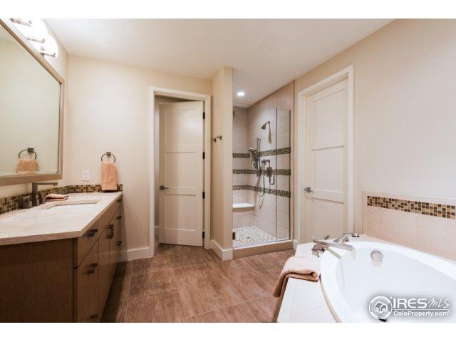 One of three 5-piece en-suite bathrooms.