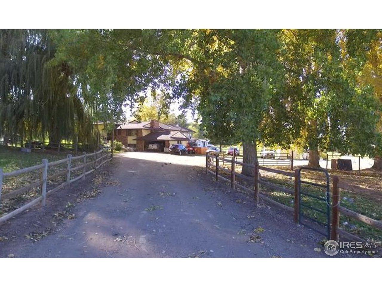 6967 Valmont Rd, Boulder CO 80301