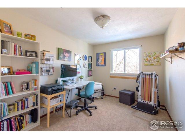 upper bedroom/office