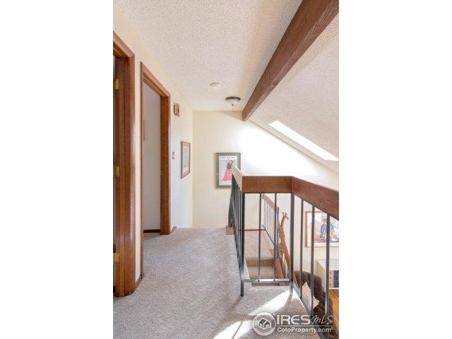 upper hallway very open