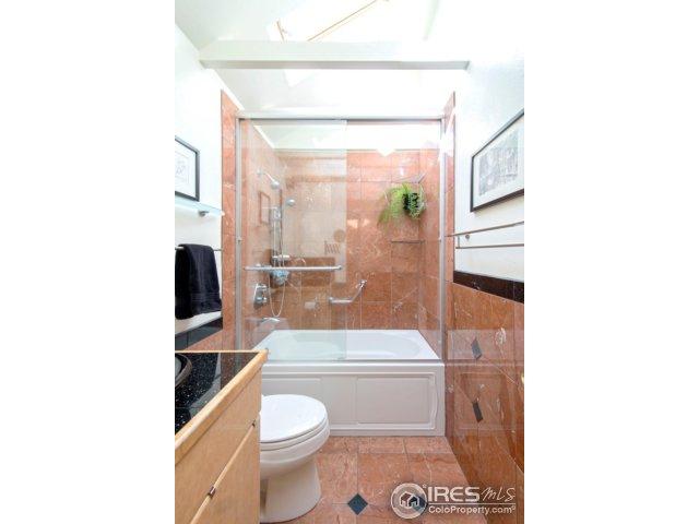 upper bathroom-bright!