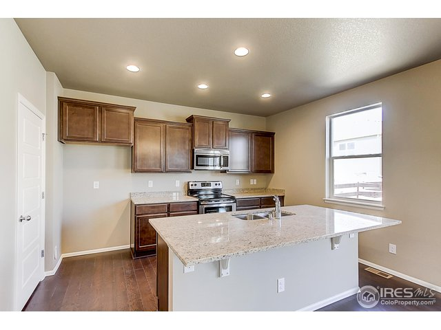 2274 Stonefish Dr Windsor, CO 80550 - MLS #: 843995