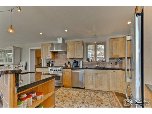 Granite & Stainless Appliances