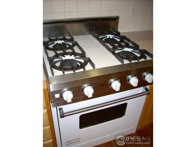 Viking professional stainless steel gas range/oven