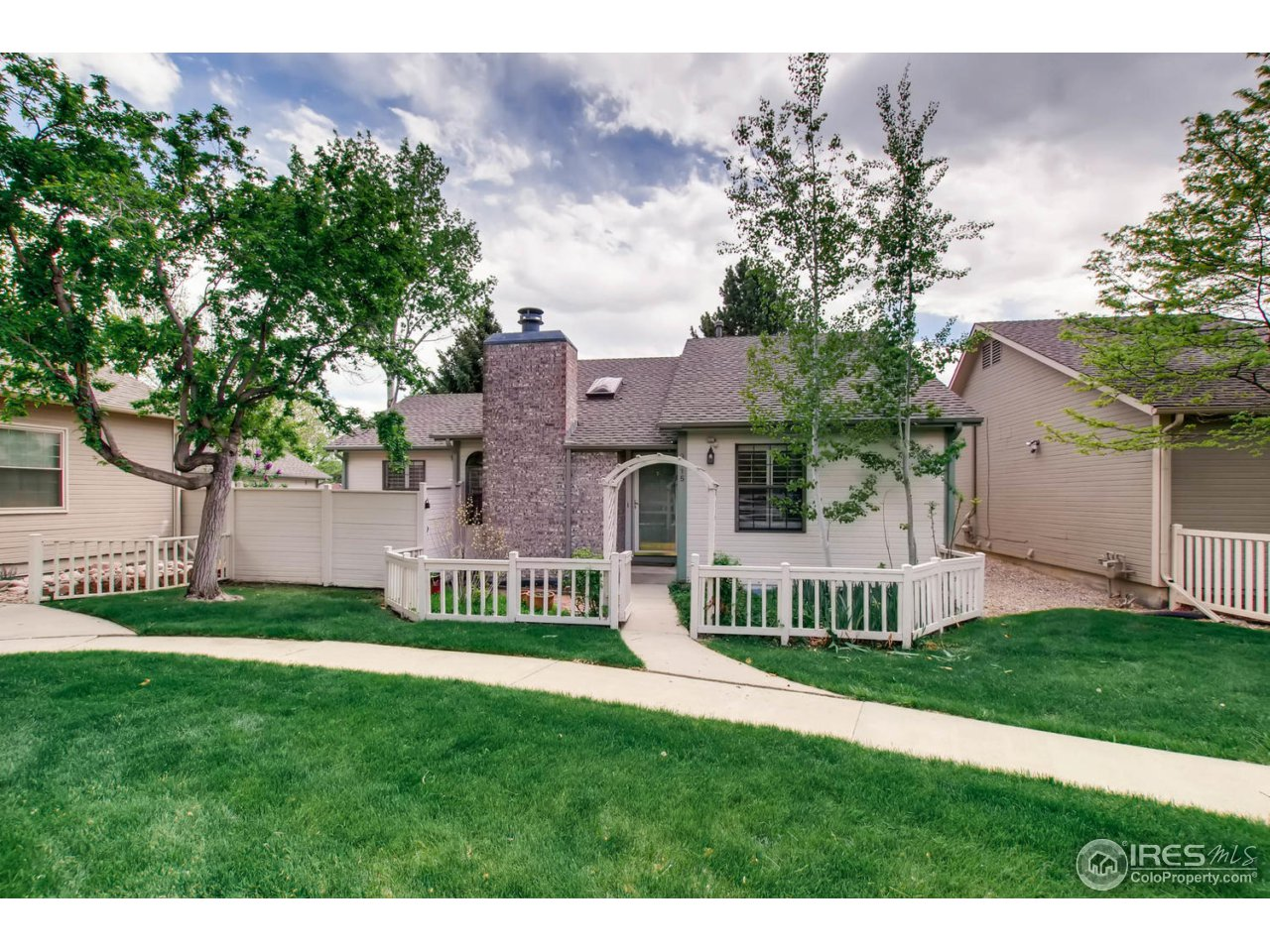 3115 Lake Park Way, Longmont CO 80503