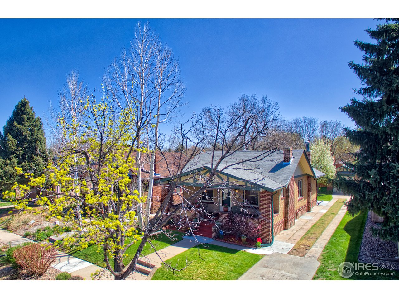 1368 Elm St, Denver CO 80220