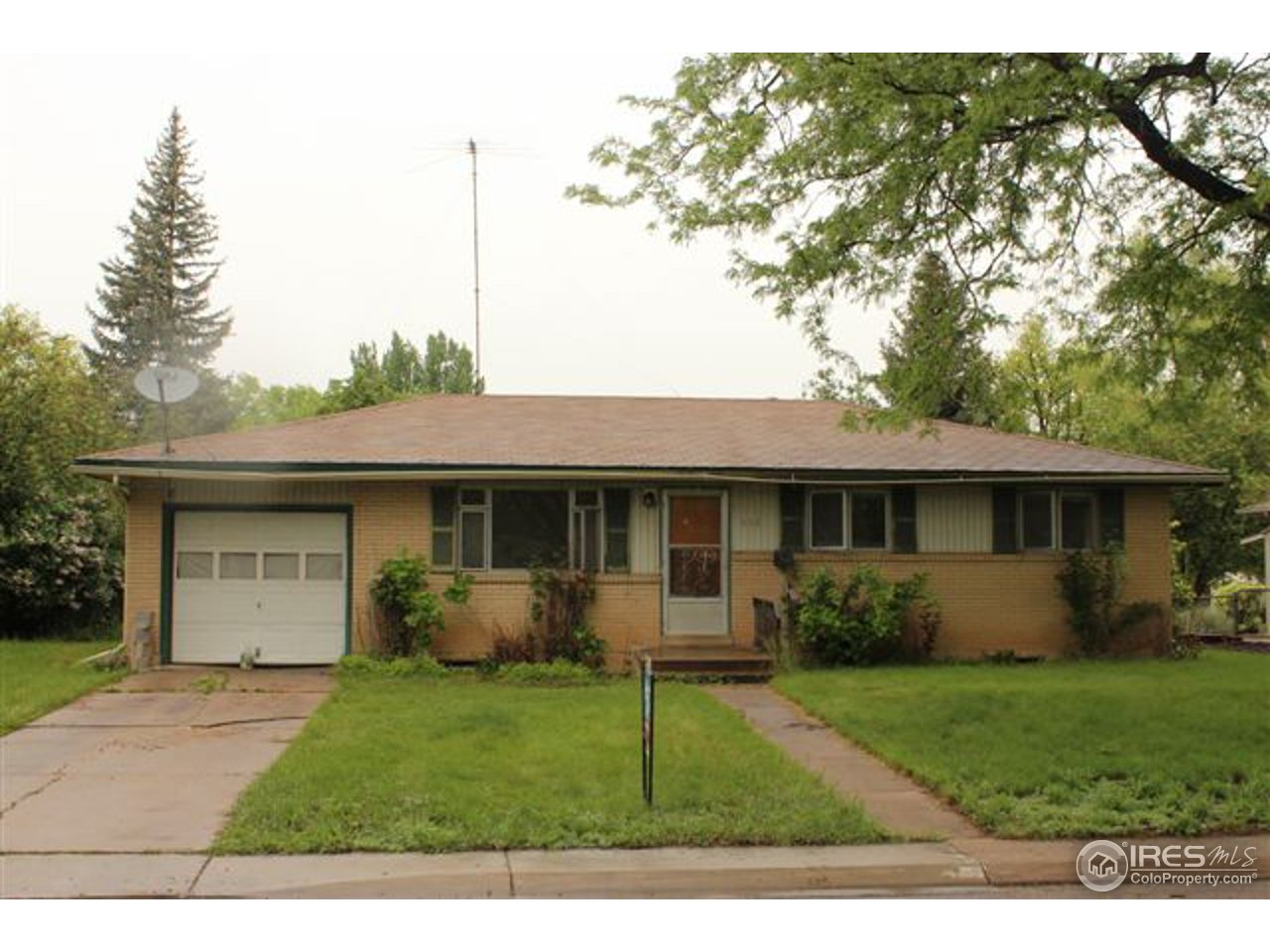 512 Columbia Rd, Fort Collins CO 80525
